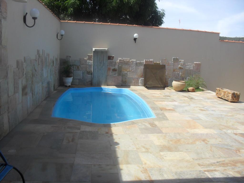 Alugar casas em piren polis casa da edna 2 com piscina for Piscina 94 respuestas