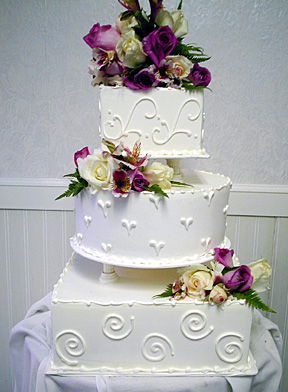 Design   Wedding Dress Online on Modern Wedding Cakes Pictures   Modern Wedding Dress And Wedding