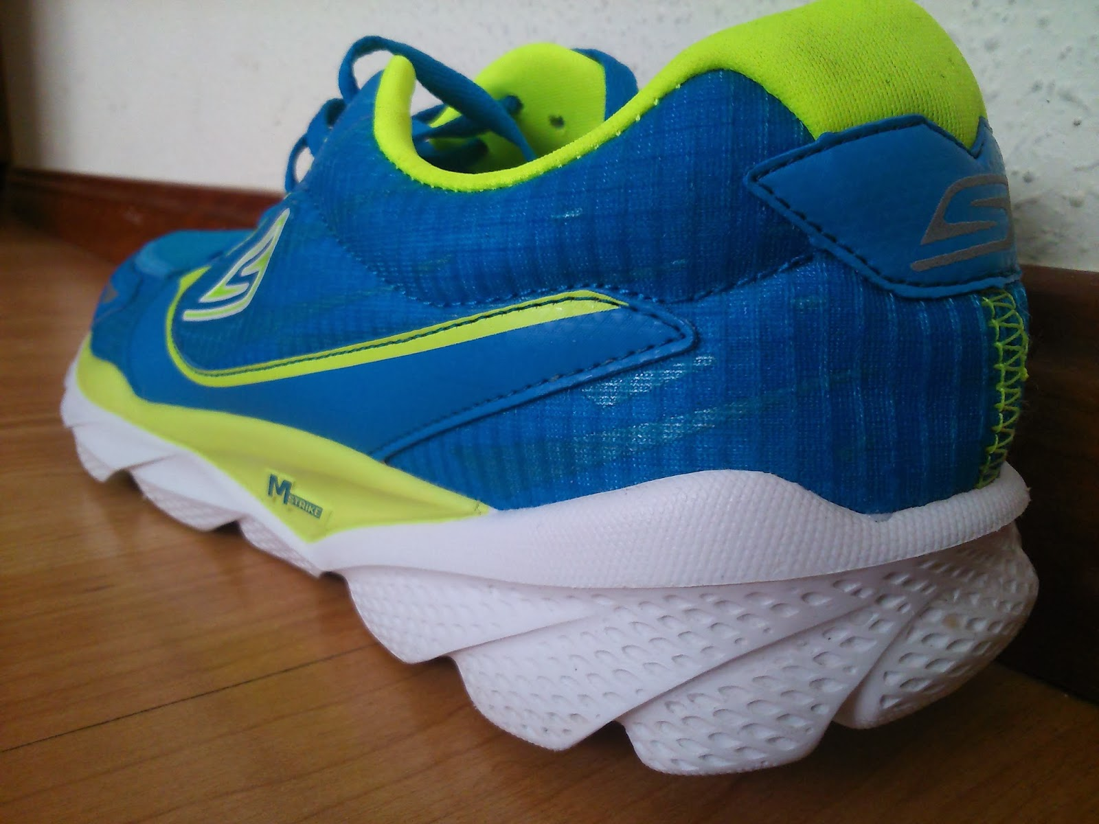 photo skechers gorun ride 3