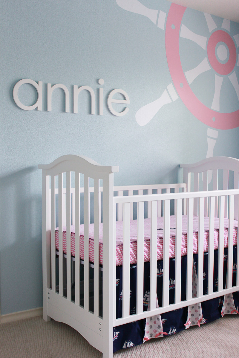 little ga ga annie 39 s nautical theme nursery. Black Bedroom Furniture Sets. Home Design Ideas