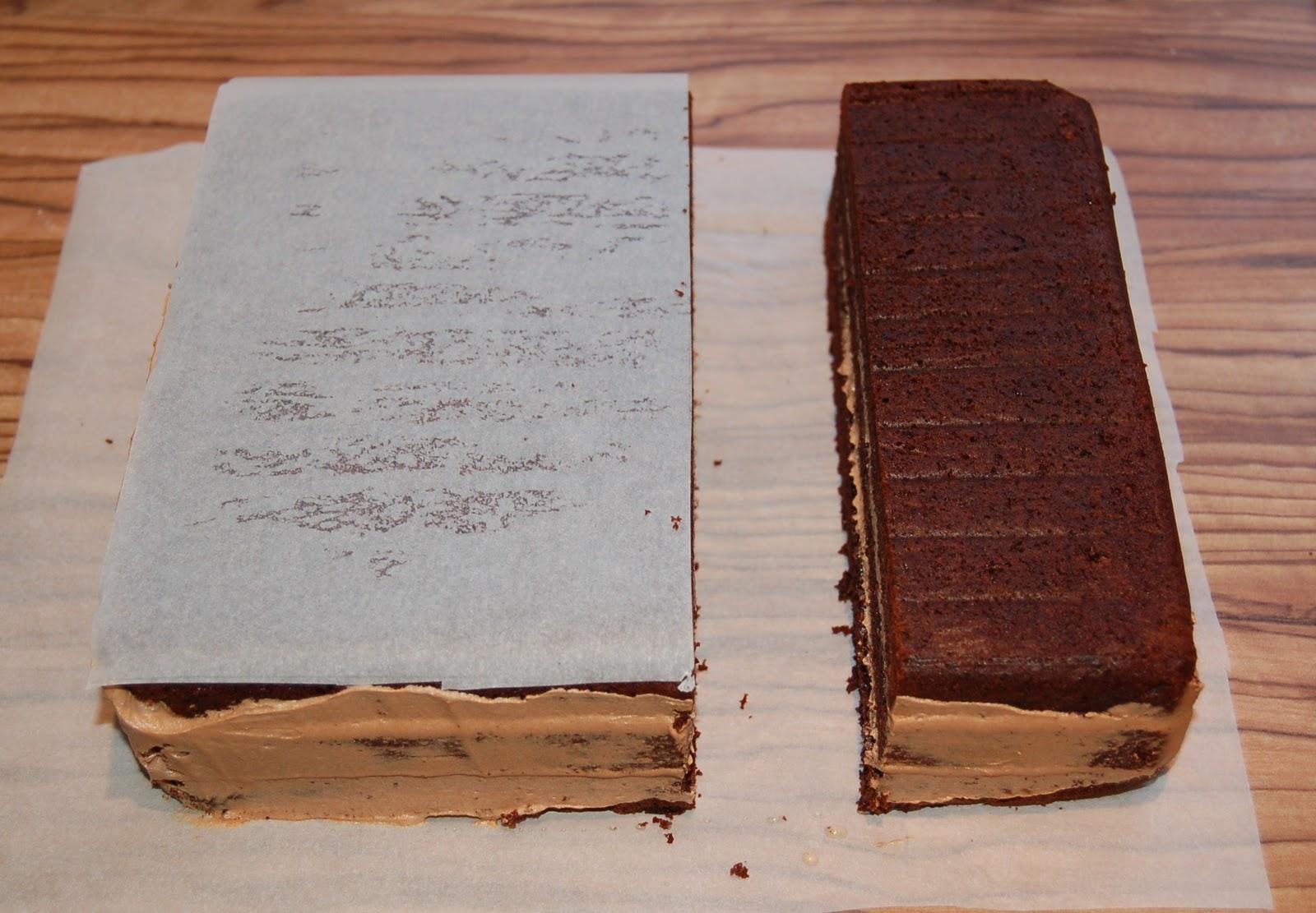 Brighton baker dr who tardis cake happy birthday lula for Tardis template for cake