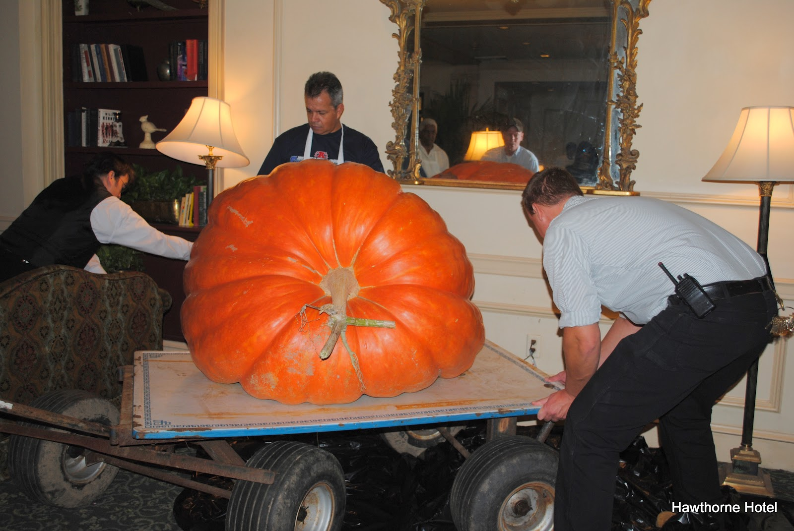Hawthorne Hotel: Giant Pumpkin Arrives at the Hawthorne Hotel