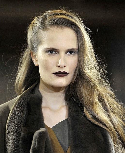 Lacroix The Beauty Blog Fall 2011 Looks Anne Valerie Hash S Vampy Boudoir Lips
