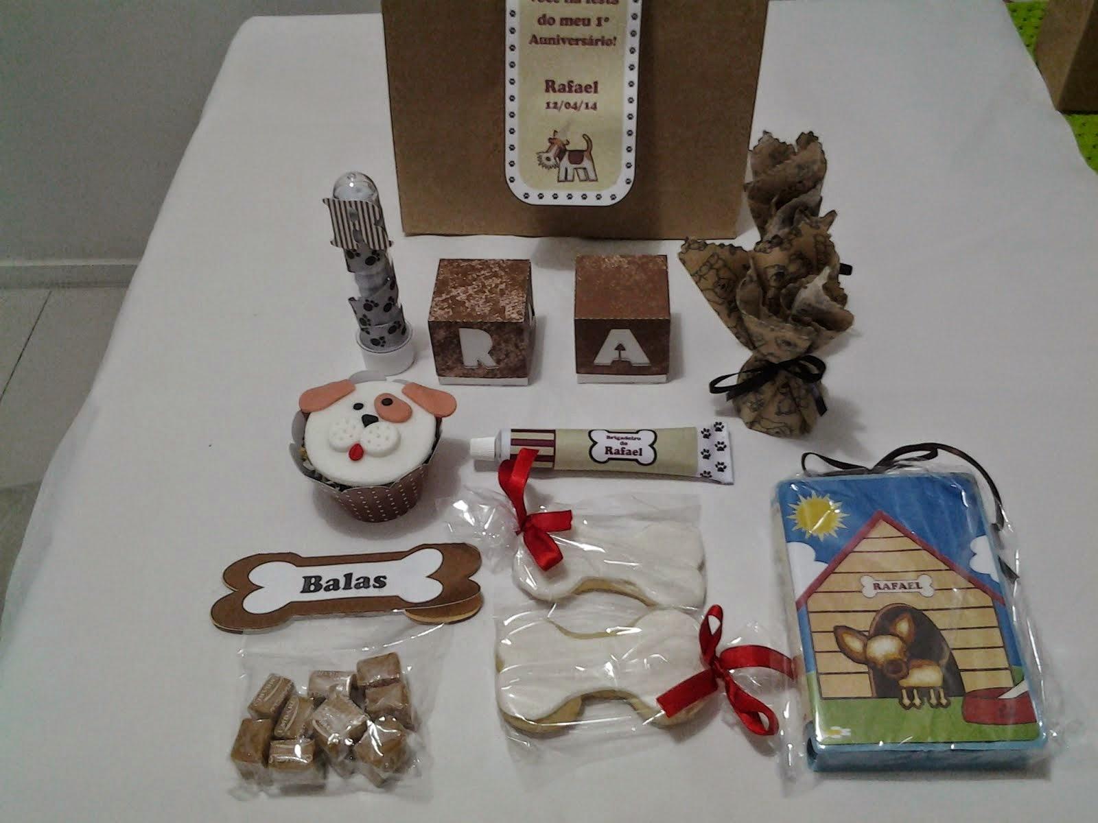 (Auniversário de 1 ano)  Festa dos cachorros ( kit para lembrança)