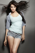 Sonal Chauhan Latest Photo shoot Gallery-thumbnail-1