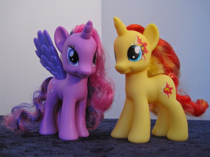 Cutie Mark Magic Fashion Style Sunset Shimmer and Fashion Style Twilight Sparkle, together.