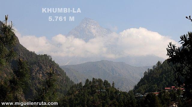 Khumbi-la-montaña-sagrada-himalaya