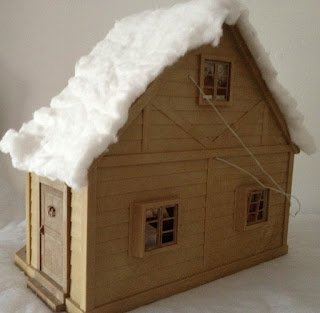 Sylvanian Families Country Cottage with Balcony Snow Winter