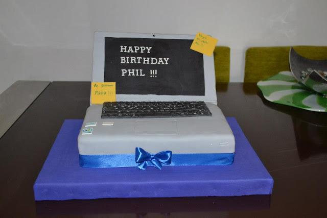tarta Ordenador Portatil  teclado Fondant fiesta de cumpleaños Sugar dreams gandia