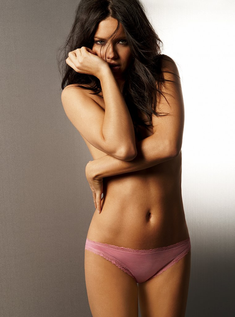 Adriana Lima - Victori...