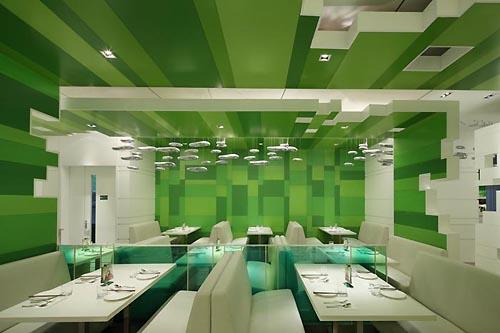 Wonderful Green Interior For Modern Restaurant Design
