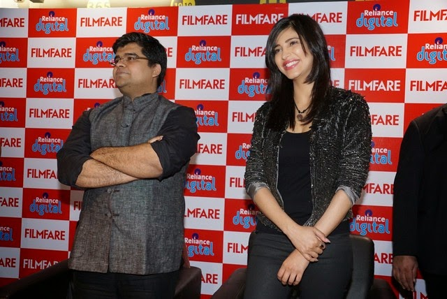 Shruthi Hassan at Reliance Digital Filmfare Readers Meet Stills