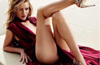 Rosie Huntington-Whiteley Smoking Hot in GQ December Russia