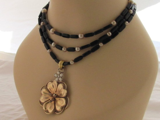 Vintage Flower w/Jett and Pearls