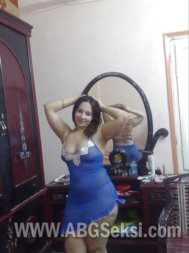 foto hot tante pakai lingerie 2