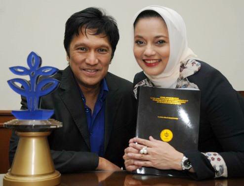 Marissa Haque & Ikang Fawzi, Berjiwa Besar walau Terus Dihina, dalam Doktoral di IPB