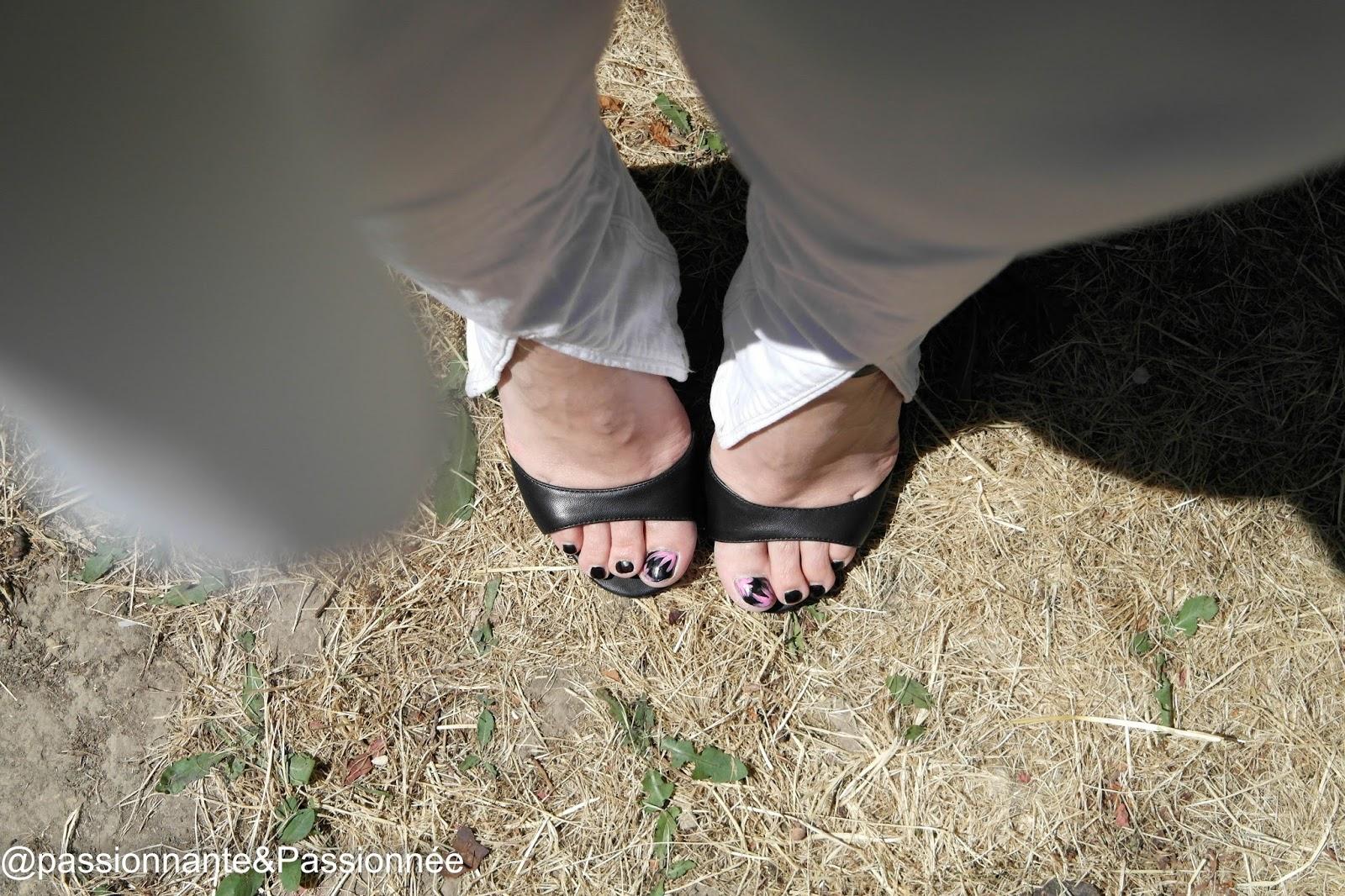 sandales noire Boohoo
