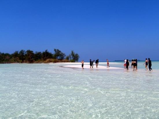 Objek Wisata Pantai Karimunjawa, Jawa Tengah