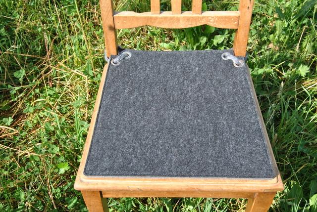 filz wissenswertes und impressionen sitzauflage nach schablone gefertigt. Black Bedroom Furniture Sets. Home Design Ideas