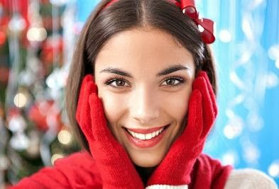 5 Reasons to be Grateful You're Single This Holiday Season - girl woman
