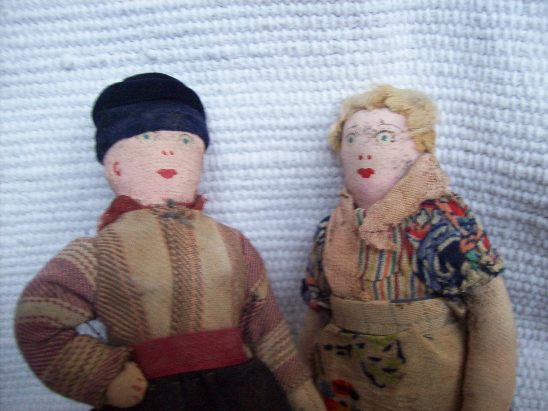 http://4.bp.blogspot.com/-LHeMSZlhK0Y/T427i6tyicI/AAAAAAAAAB0/dozZN7X-RCE/s1600/Custom-Toys-Craft-Dolls-Wallpaper-07.jpg
