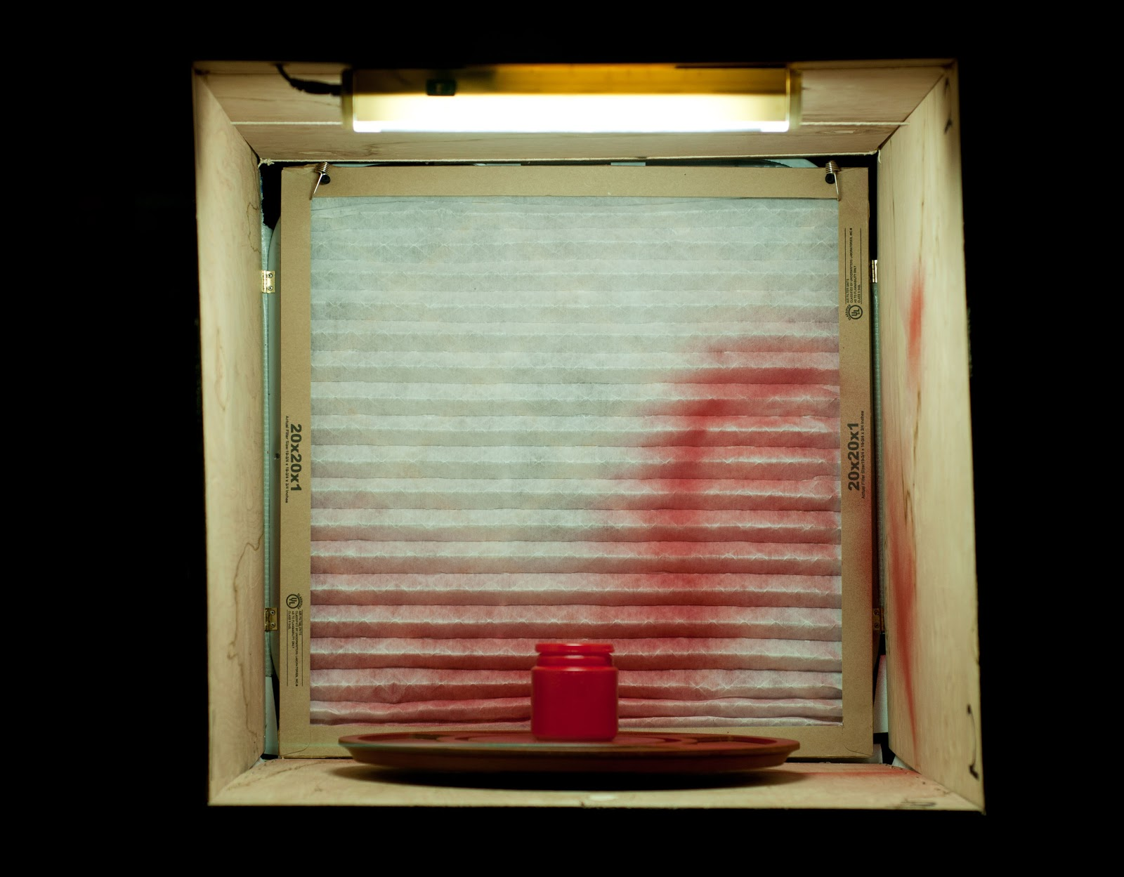 Snow a.k.a. Strifear: Build Your Own Portable Paint Booth for Cheap #B77814