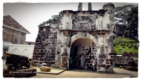 Sejarah Kota A Famosa Melaka