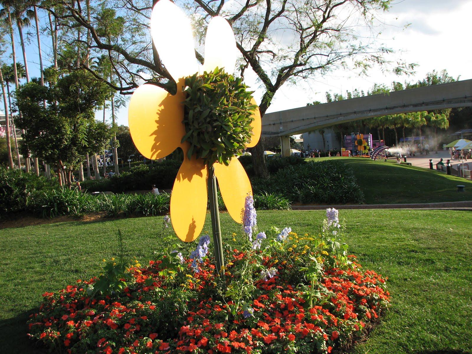Bonao internacional disney world recibe la primavera con for Jardines de primavera