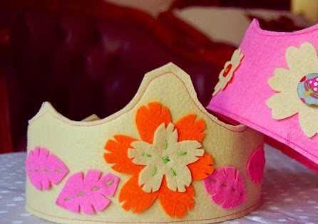 http://hayanohandmade.blogspot.com/2013/04/how-to-make-kid-crown.html