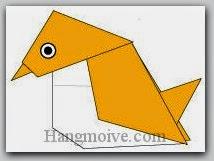 Bước 11: Vẽ mắt để hoàn thành cách xếp con chim sẻ đi nắng bằng giấy theo phong cách origami.