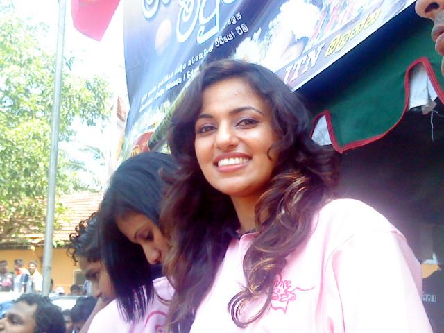 Sri lankan famous actress Udari Warnakulasooriya in blue jeans, tight pants