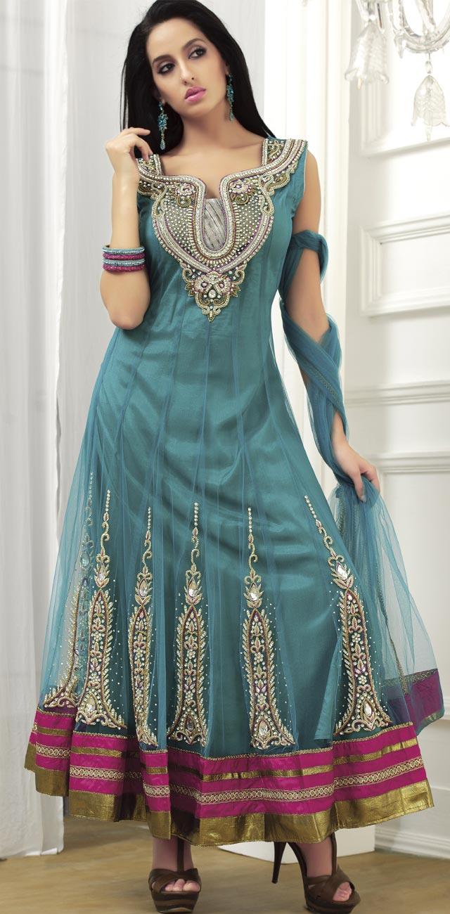 Best Designer Kurtis Women: Buy Kurta for Women – A Stylish Indian ...
