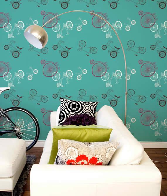 conceptions lumineuses du salon avec des motifs papier peint bleu et vert d coration salon. Black Bedroom Furniture Sets. Home Design Ideas