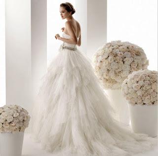 https://www.etsy.com/listing/234339823/cinderella-ball-gown-wedding-dresstulle?ref=shop_home_active_15