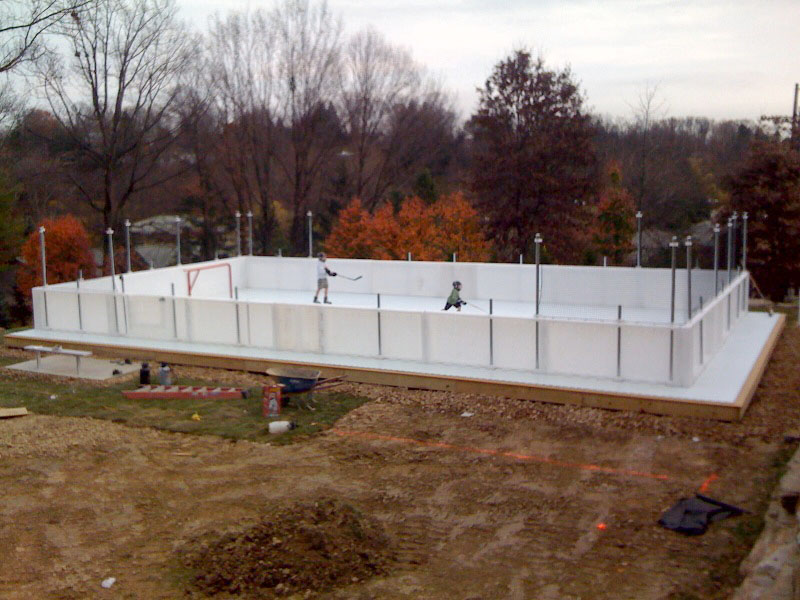 Backyard Rink Boards :  Welcome Back, Hockey! The Beautiful Backyard Skating Rink