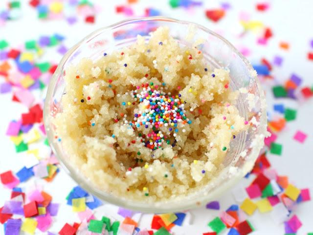 how to sugar scrub birthday cake
