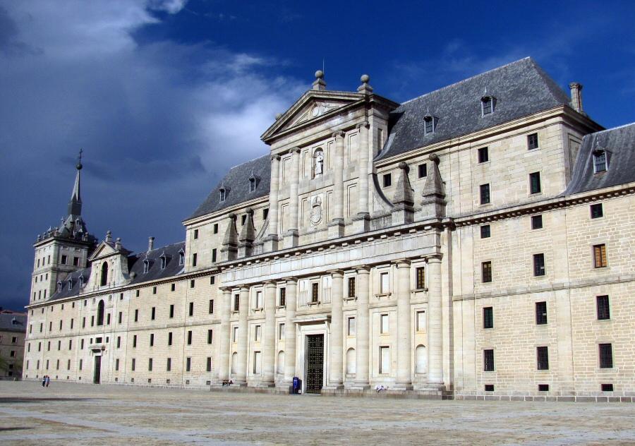 Economia barroca renacentista como se evidencia la for Arquitectura de espana