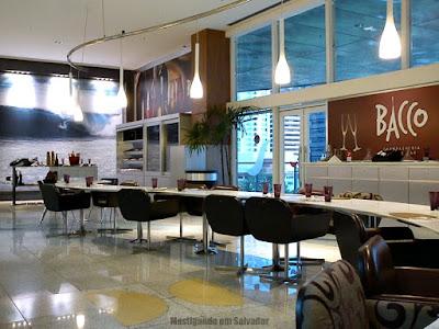 Bacco Champagneria & Wine Bar: Ambiente