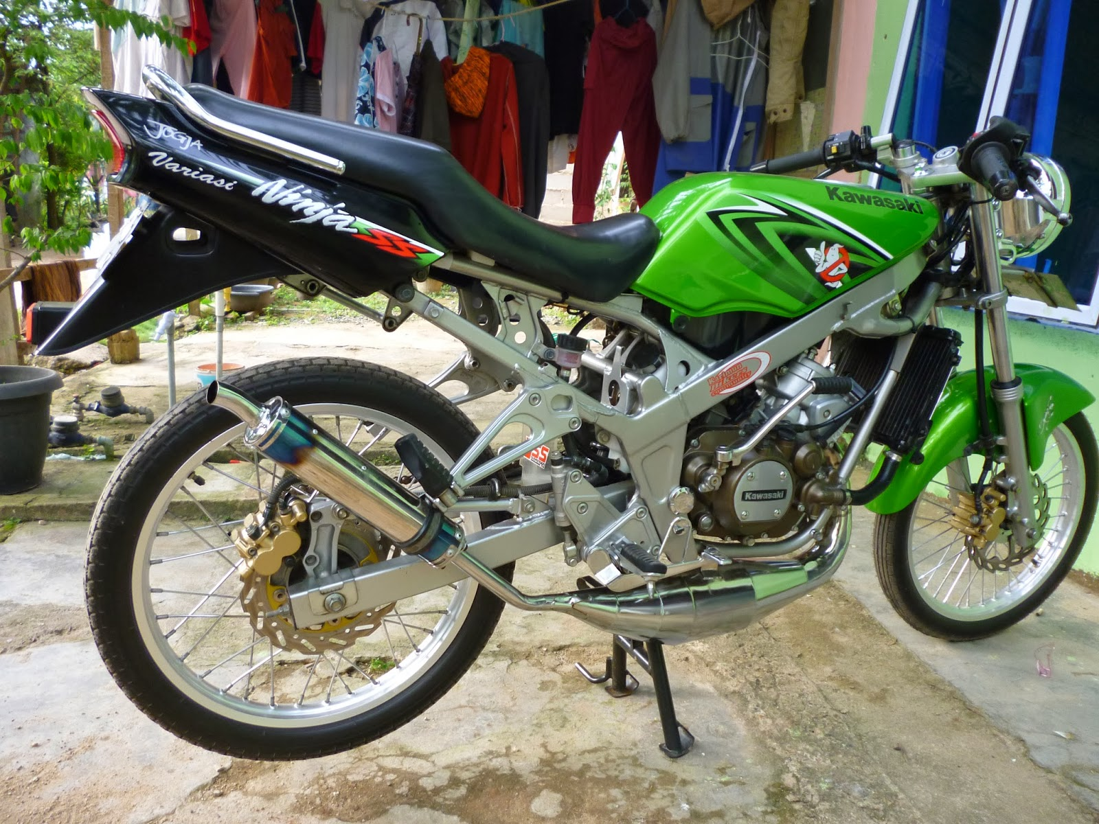 ide modifikasi ninja ss warna hijau