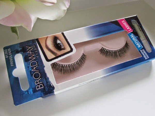 Broadway Eyes Natural Lashes Frivolous - Review Verpackung