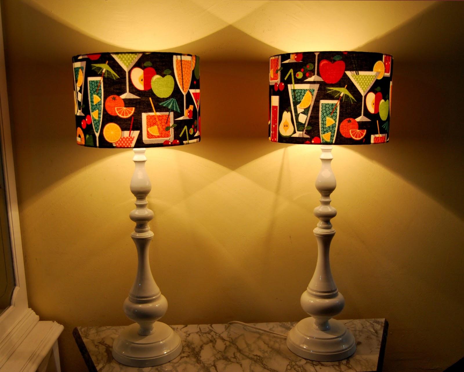 La tapicera pantallas de lampara con nuestra telas - Pantallas de lamparas ...