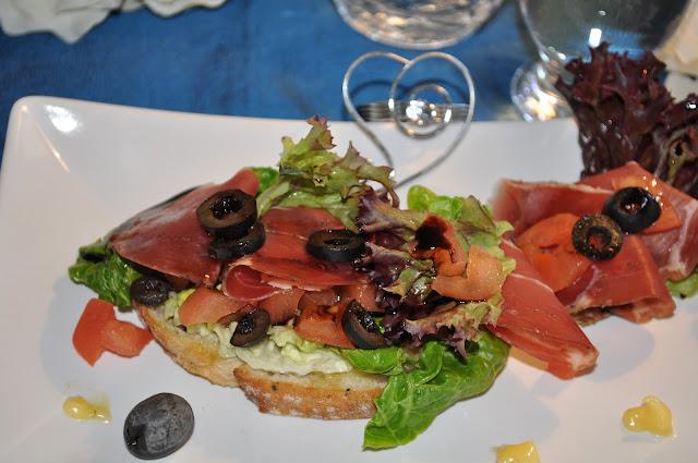 Spekeskinke med balsamico-eddik og aioli