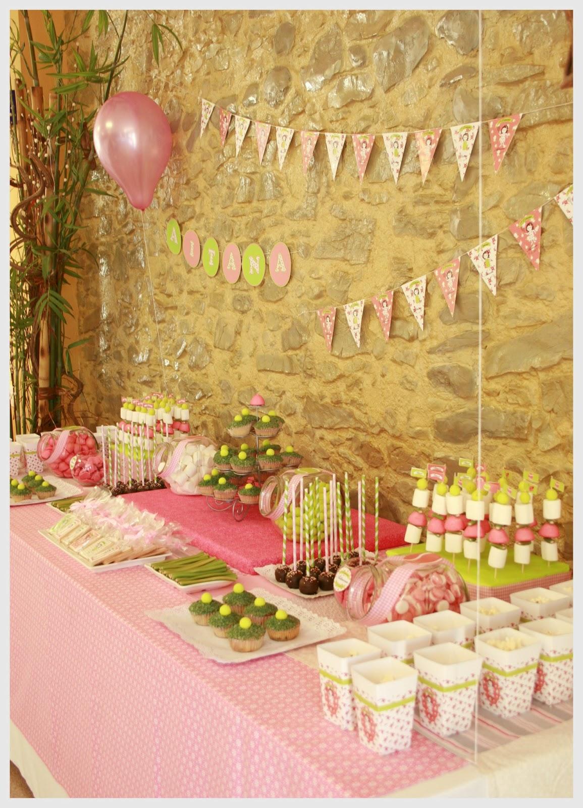 Cosas con encanto fiesta de primera comunion con candy for Mesa dulce para comunion