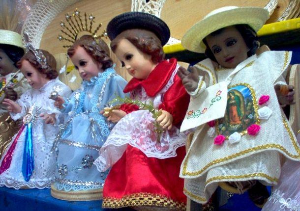 el blog del padre eduardo: Vestir al Niño Dios