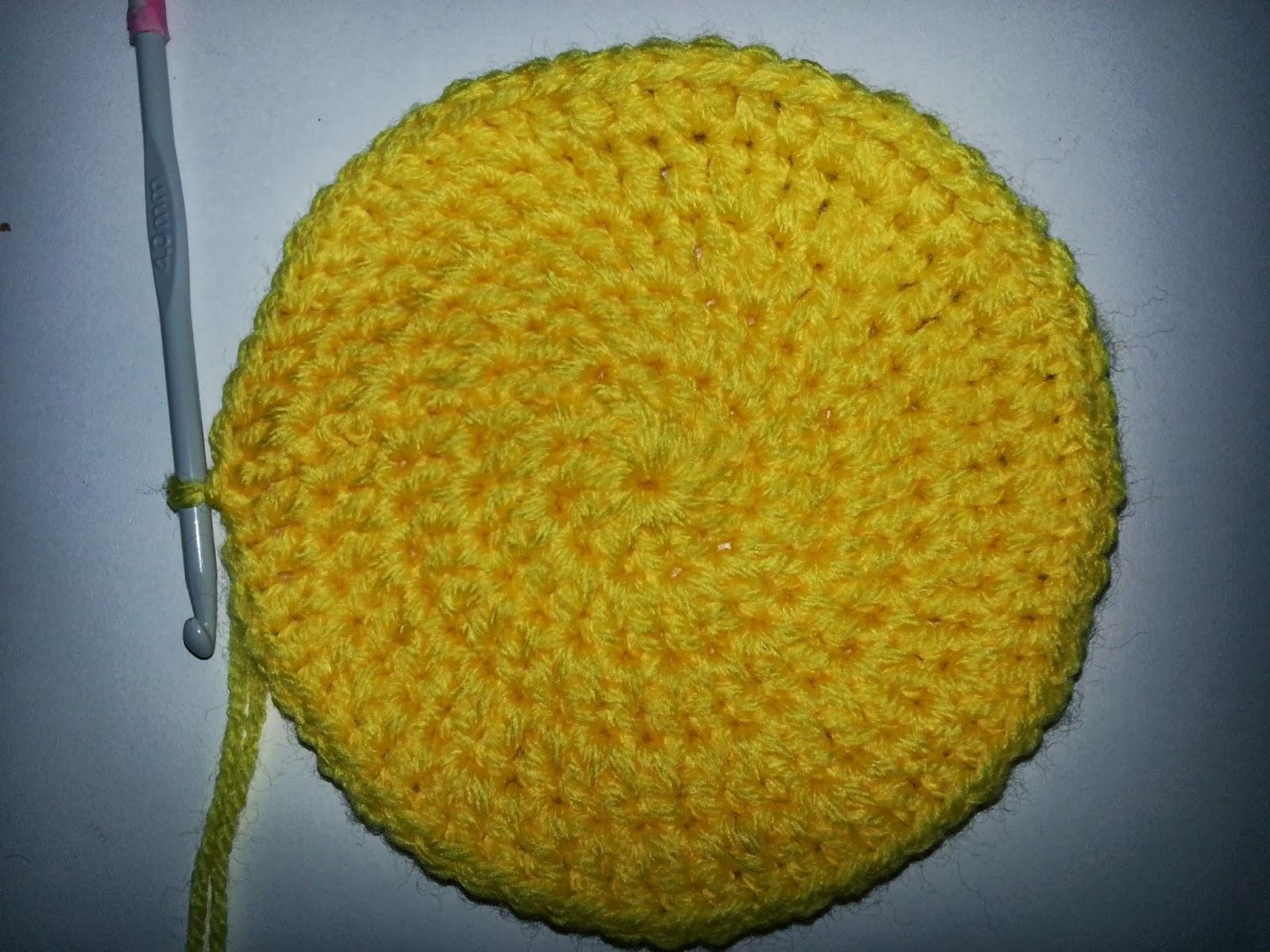 Más que mamá: Patrón de Gorro de Minions a crochet