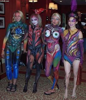 http://4.bp.blogspot.com/-LKSiOSbaVEc/TmnzxH0cYxI/AAAAAAAAEA8/zEWnf7zuiKA/s320/amazing-full-body-paint-girls.jpg