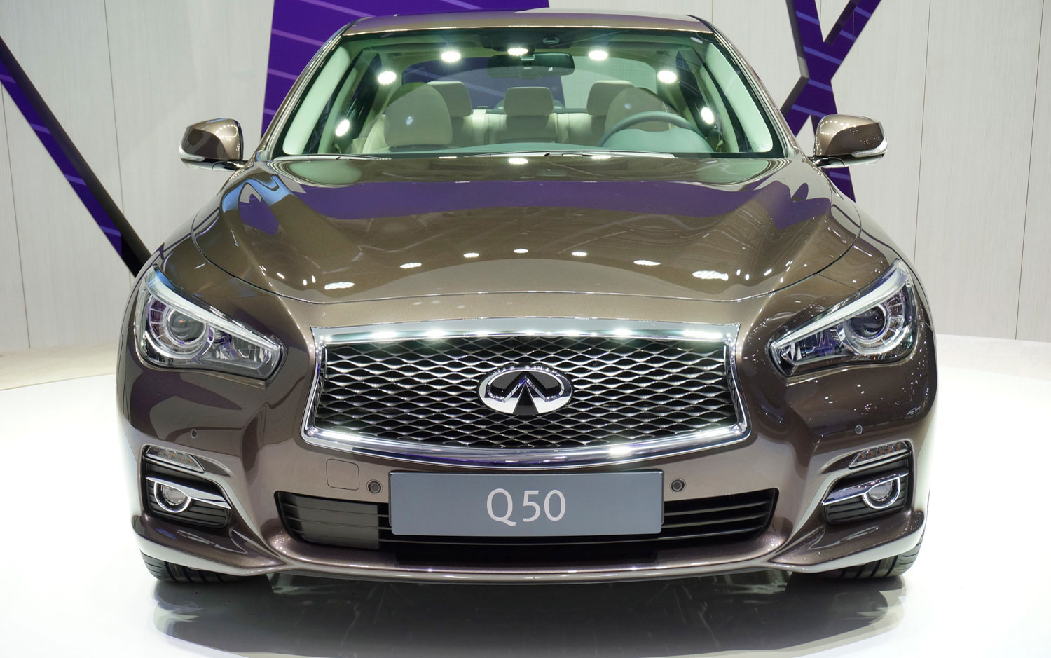 2014 infiniti q50 debuts in geneva with diesel manual transmission rh ads rds blogspot com 2014 Mercedes Manual Transmission 2014 Mercedes Manual Transmission
