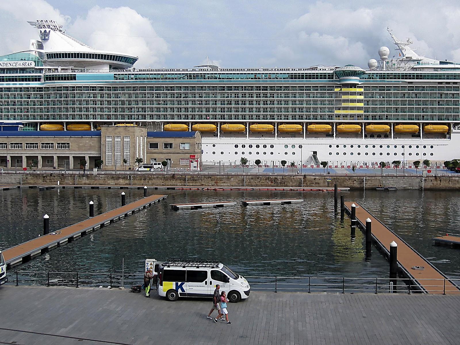 Brian 39 s blog vigo spain at the dock side june 2011 - First outlet vigo ...