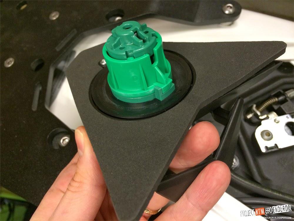 KTM 690 Enduro R foam rubber for tank cap