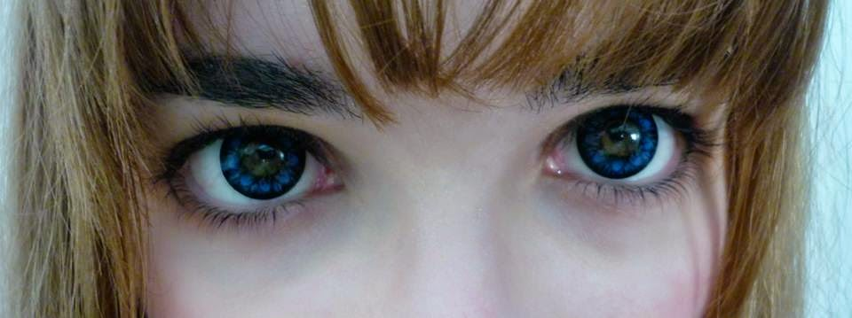 Beuberry Diva Blue colored contacts